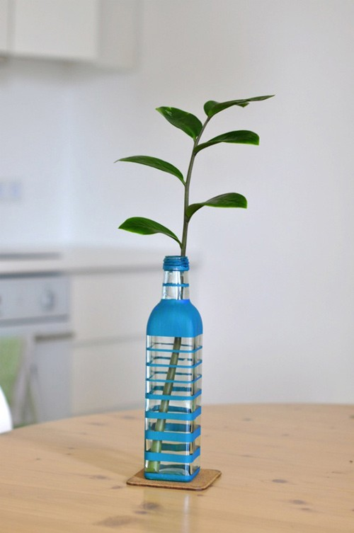 DIY Beautiful Vase from Glass Bottle 6