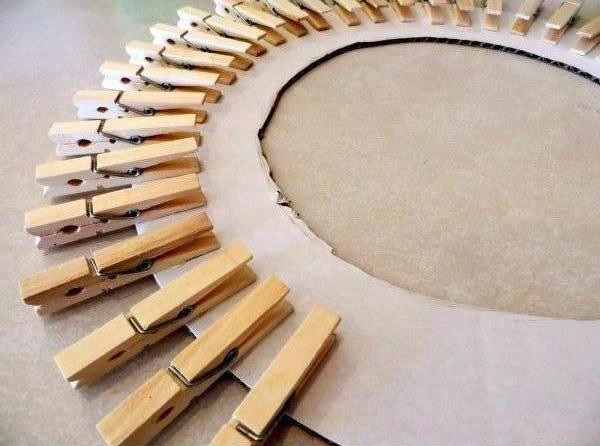 Diy Clothespin Wreath Picture Frame Good Home Diy