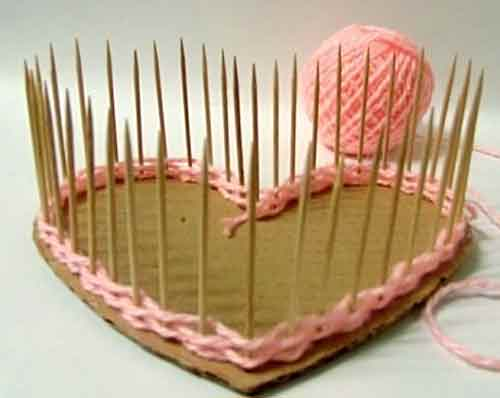How To Make A Woven Heart Basket : Diy pretty yarn woven heart shaped basket good home