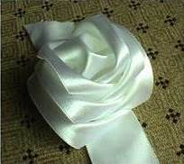 DIY Satin Ribbon Rose without Needle and Thread 7
