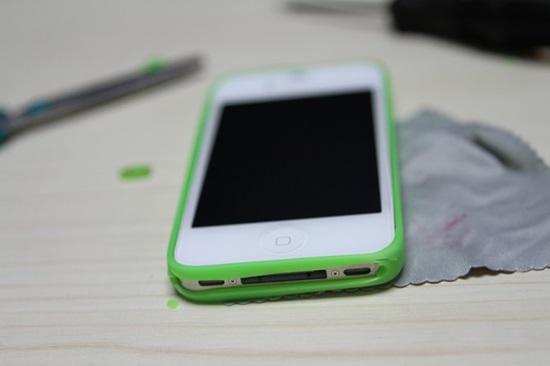 DIY Simple Smartphone Bumper Case 7