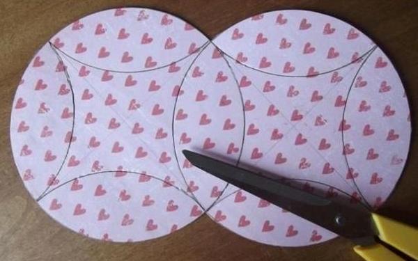 DIY Easy Gift Box Using a CD 4