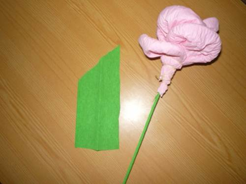 DIY Easy Napkin Paper Flowers 7