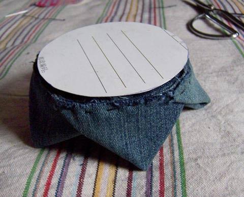 DIY Lotus Flower Teapot Coaster from Old Jeans 13