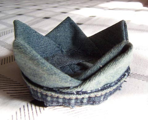 DIY Lotus Flower Teapot Coaster from Old Jeans 14