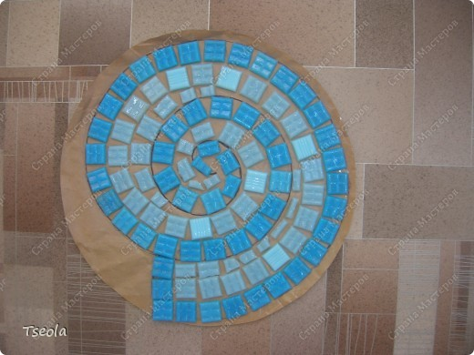 DIY Mosaic Tile Garden Stepping Stones 4