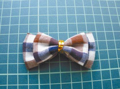 DIY Pretty Plaid Bow Hair Clip 7