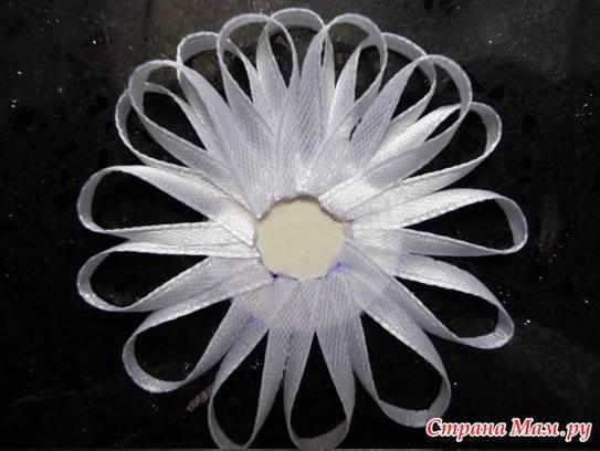 DIY Beautiful Narrow Satin Ribbon Flower 2