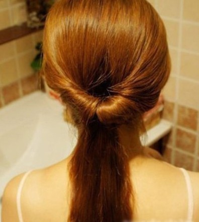 DIY Easy Twisted Hair Bun Hairstyle 3