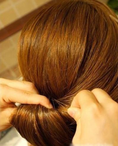 DIY Easy Twisted Hair Bun Hairstyle 5