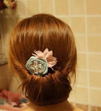 DIY Easy Twisted Hair Bun Hairstyle 7