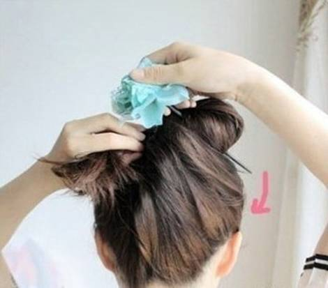 DIY Easy Updo Hairstyle with a Chopstick 6