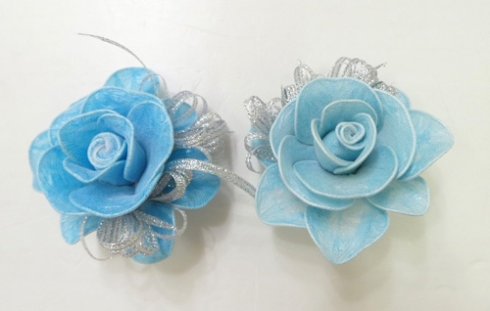 DIY Pretty Roses from Plastic Bags 10