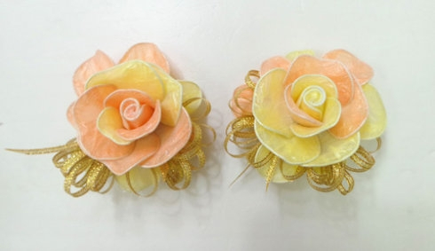DIY Pretty Roses from Plastic Bags 9