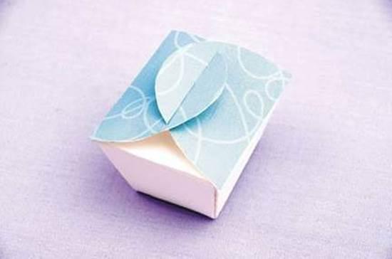 DIY Simple Cute Gift Box 7