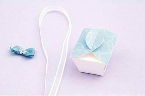 DIY Simple Cute Gift Box 8