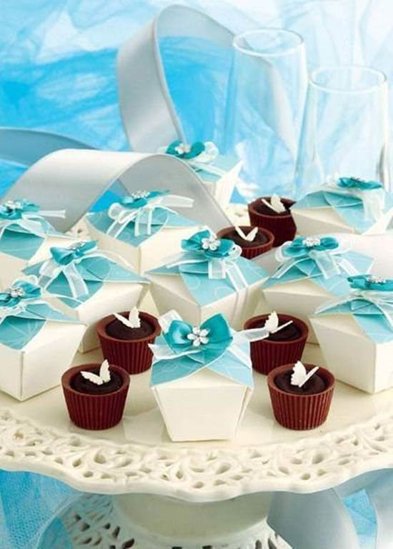 DIY Simple Cute Gift Box 9
