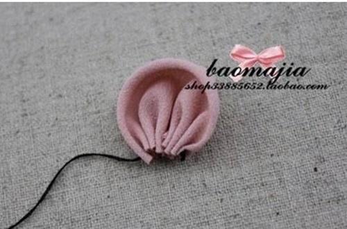 DIY Beautiful Fabric Flower Hair Clip 3
