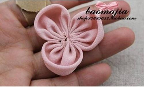 DIY Beautiful Fabric Flower Hair Clip 5