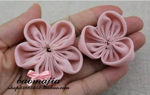 DIY Beautiful Fabric Flower Hair Clip 6