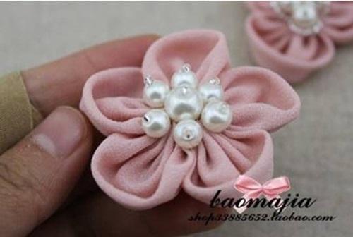 DIY Beautiful Fabric Flower Hair Clip 9