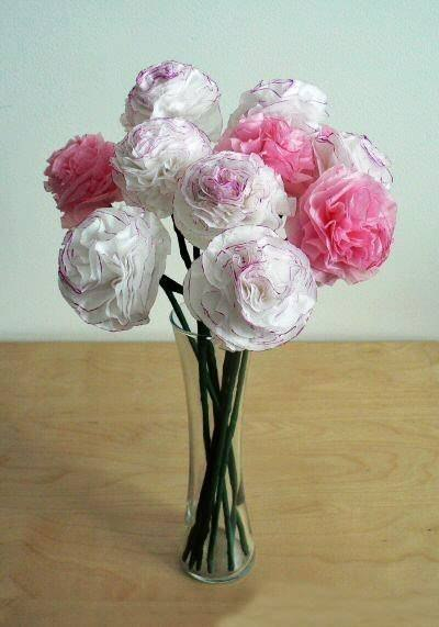 DIY Beautiful Tissue Paper Flowers 7