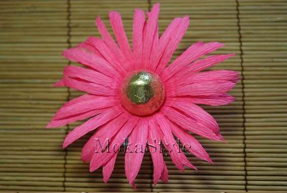 DIY Crepe Paper Chocolate Gerbera Flower Bouquet 11